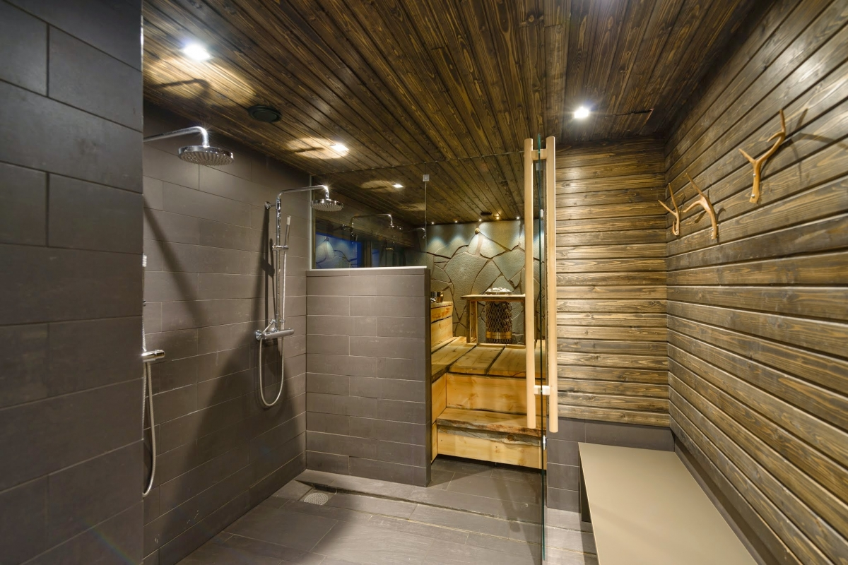Shower and Sauna